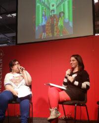 """Yume (till vänster) och Sissel (till höger) berättar om sin webbserie """"Flipped"""" på Seriescenen 2014."""