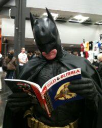 Batman läser Bild & Bubbla 190. Foto: Mark Dock.
